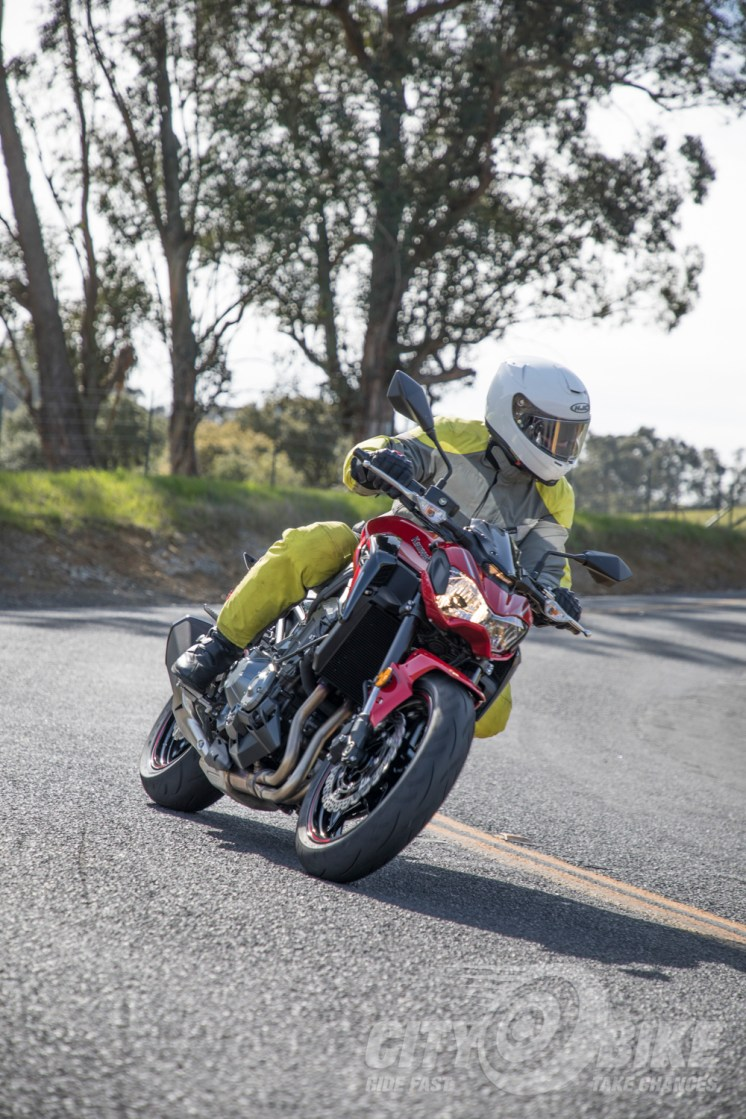 Max leans in on the 2018 Kawasaki Z900 ABS.